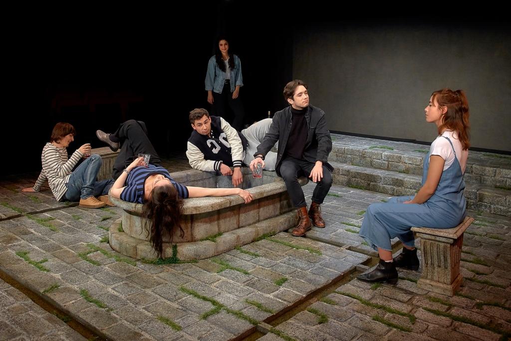 """""""Acastos. ¿Para qué sirve el teatro?"""", de Ernesto Caballero y el Laboratorio Rivas Cherif del CDN sobre textos de Iris Murdoch"""
